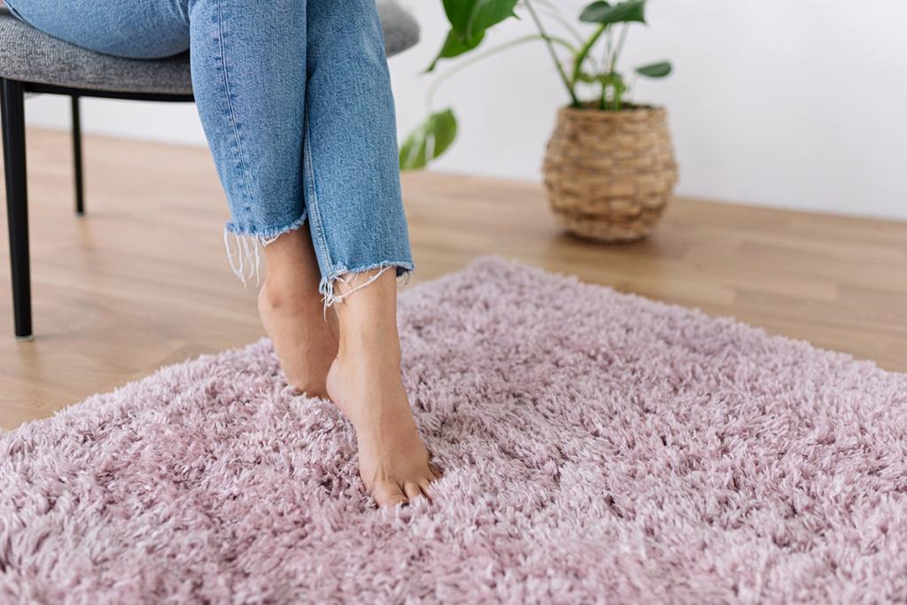 Melegséget nyújtó szőnyegek őszre: ilyet válassz otthonodba