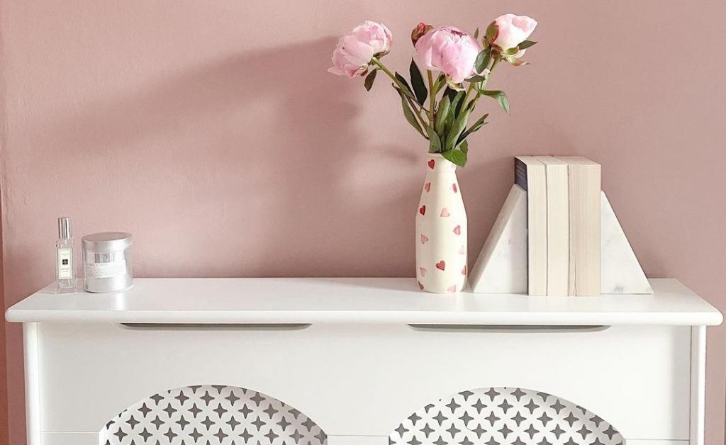 Csodás radiátorburkolatok: így rejtsd el otthonod szépséghibáit